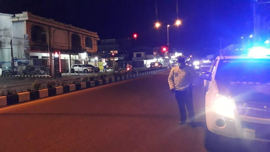 Blue light patrol Satlantas Ketapang, monitoring situasi kamtibmas di Kota Ketapang