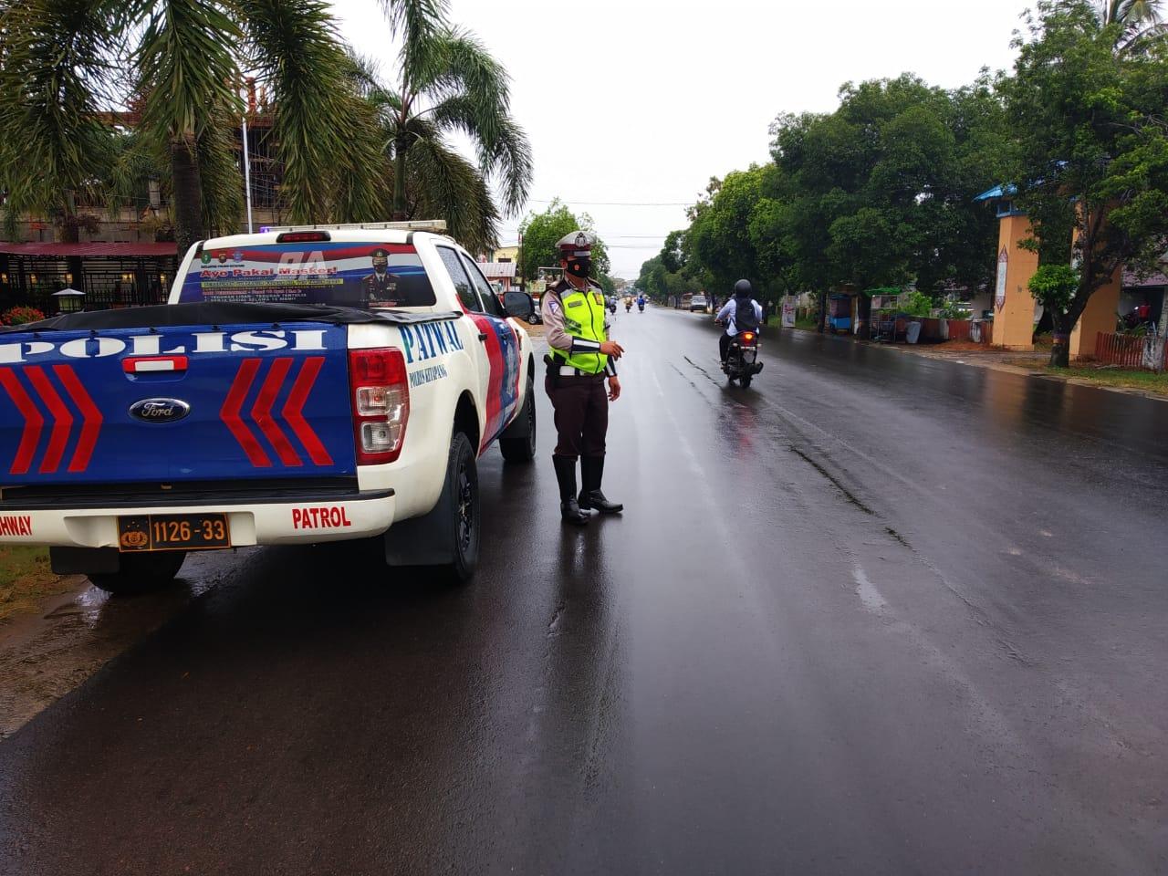Satlantas Ketapang gencarkan Patroli siang