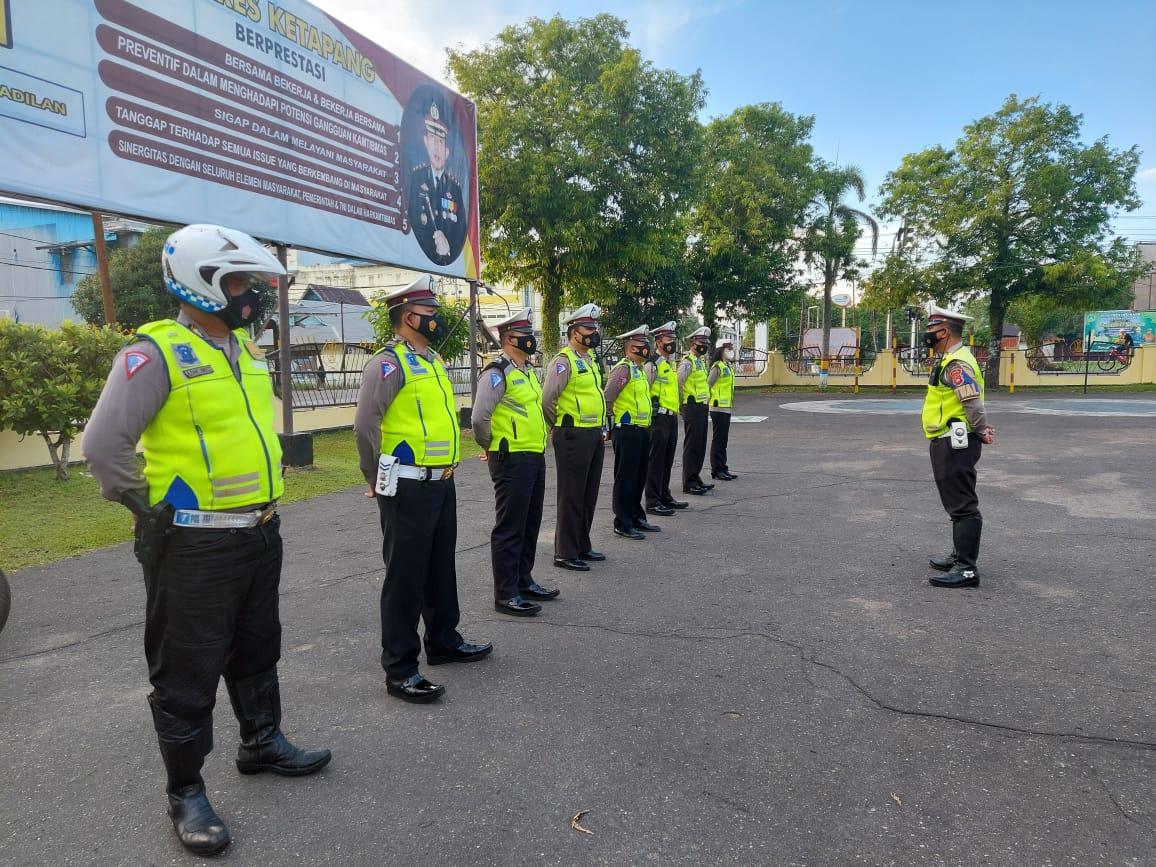 Anggota SatLantas Polres Ketapang Laksanakan Apel Pagi Hari