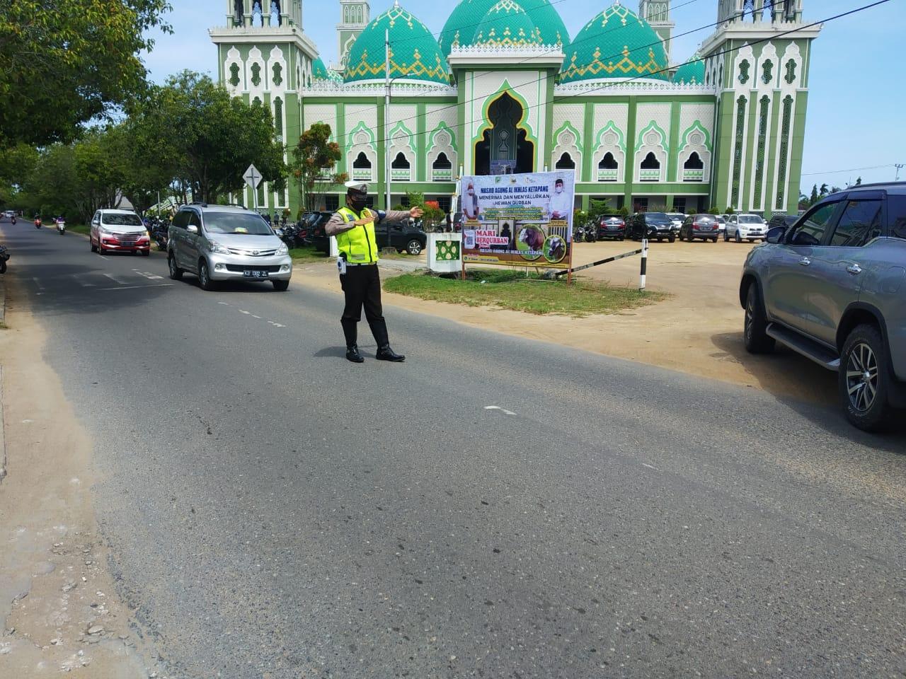 Pam Sholat Jumat di Masjid Agung Al- Ikhlas