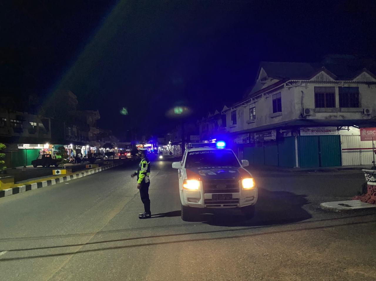 Sat Lantas Melaksanakan giat BLP dan Patroli Malam