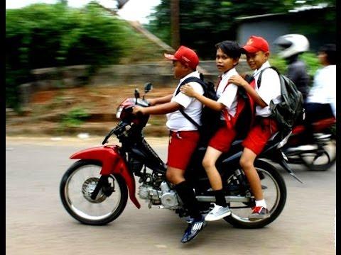 Ayo cegah anak-anak mengendarai motor mulai dari sekarang!!!!