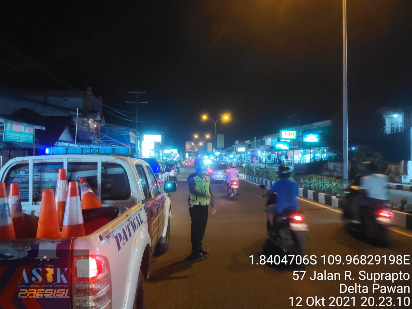 Satlantas polres ketapang unit turjawali giat melaksanakan patroli di malam hari