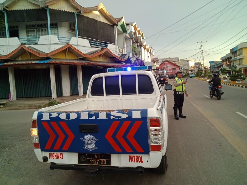 Polantas Ketapang Laksanakan Patroli Sore Hari