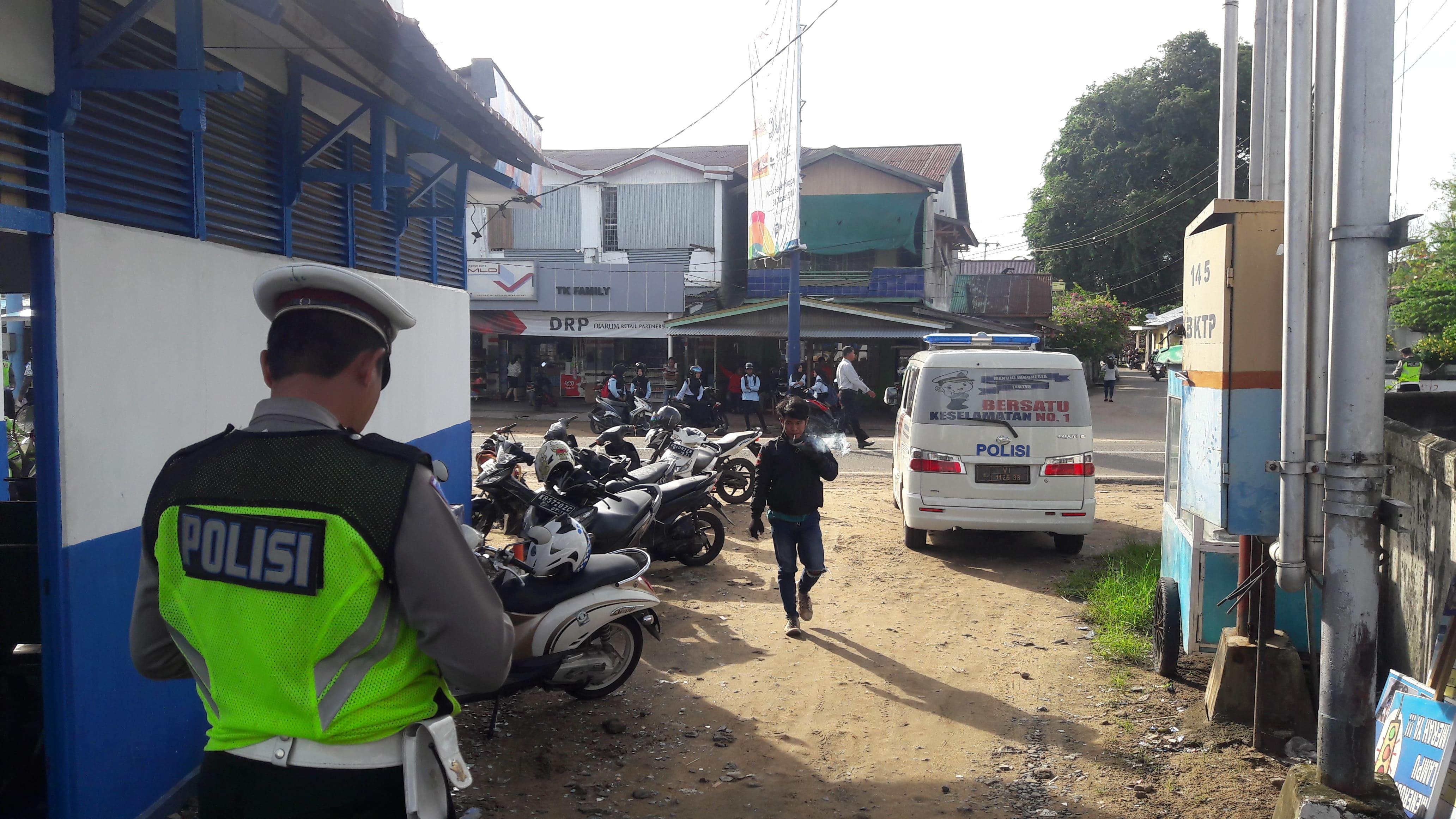 Himbauan tertib lalu lintas bagi pelajar