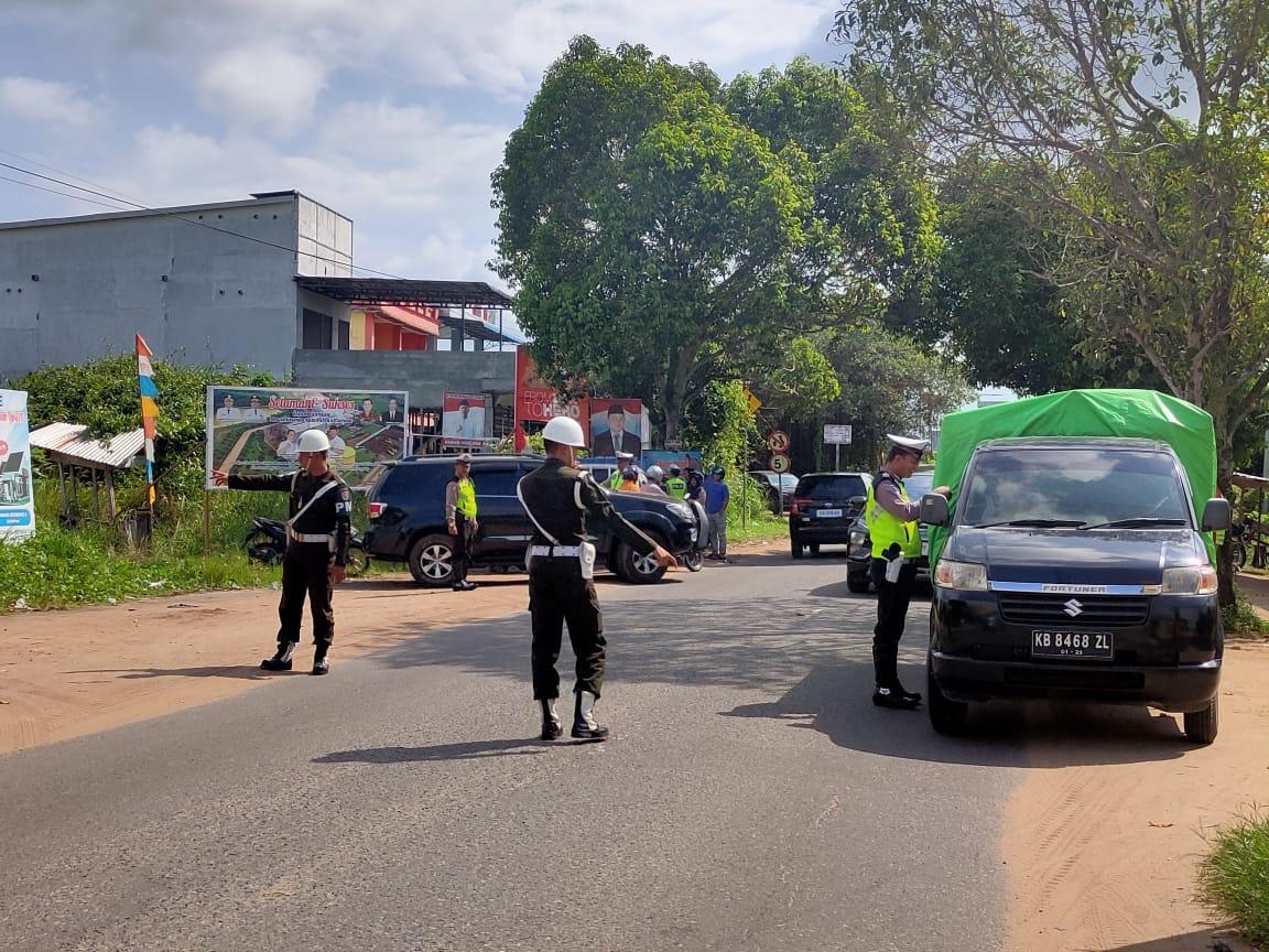 Satlantas Polres Ketapang Bersama Dispenda Melakukan Razia Gabungan Di Jln. Raya Wr Supratman