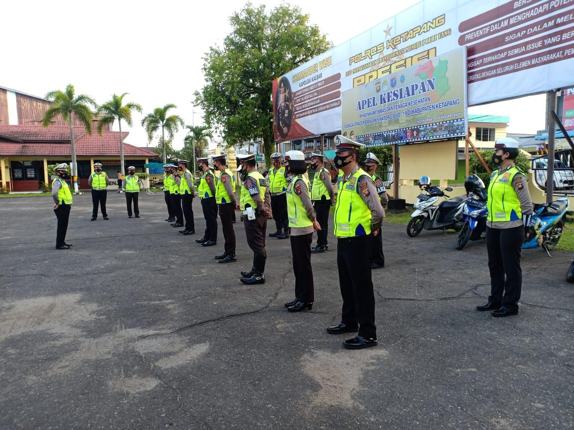 Tingkatkan Disiplin,Anggota SatLantas Polres Ketapang Laksanakan Apel Pagi Hari