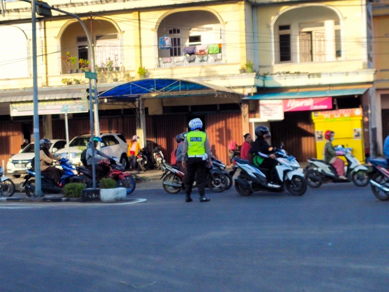 Gatur Lalin Pagi Hari, Wujud Komitmen dan Loyalitas Pelayanan Polisi Kepada Masyarakat