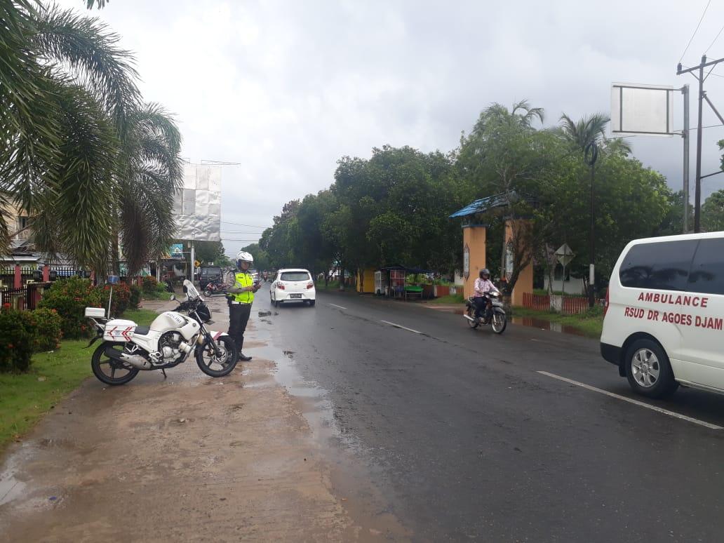 Pantau Arus Lalu Lintas dalam Kota, Unit Patwal Sat Lantas Polres Ketapang Lakukan Patroli