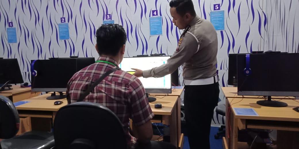 Pelayanan Transparan Satpas SIM Polres Ketapang