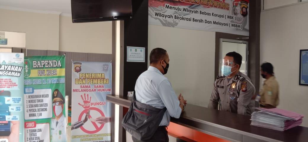 Pelayanan samsat Ketapang buka, petugas pelayanan terapkan protokol kesehatan