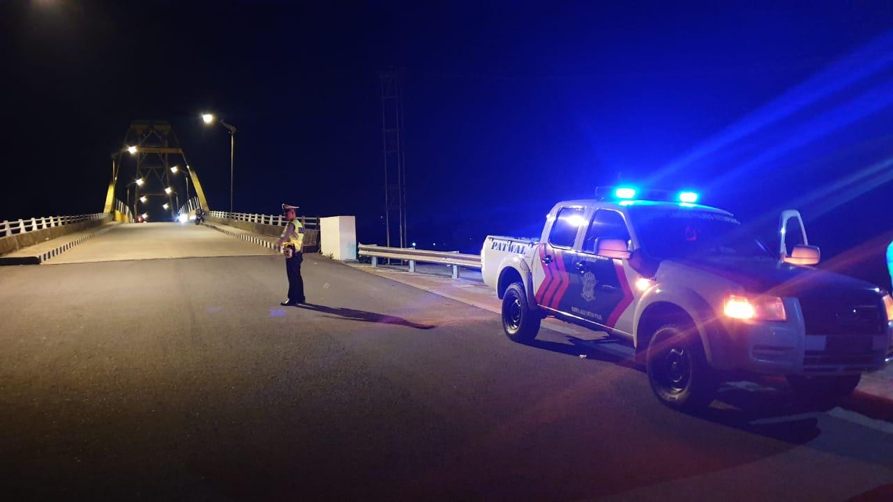 Kegiatan Malam Minggu Blue Light Patrol Satlantas Polres Ketapang