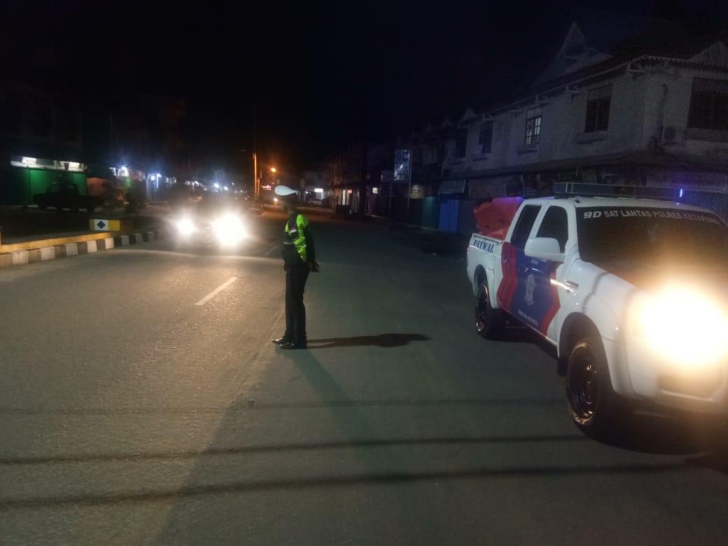 Cegah Tindak Kejahatan, Satlantas Polres Ketapang Laksanakan Patroli Malam