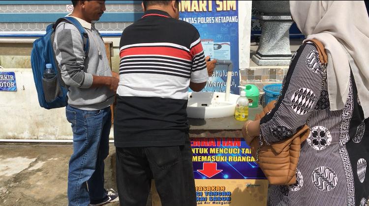 Layanan di Satpas Ketapang Tetap Berjalan, Ada Tempat Cuci Tangan untuk Pemohon SIM