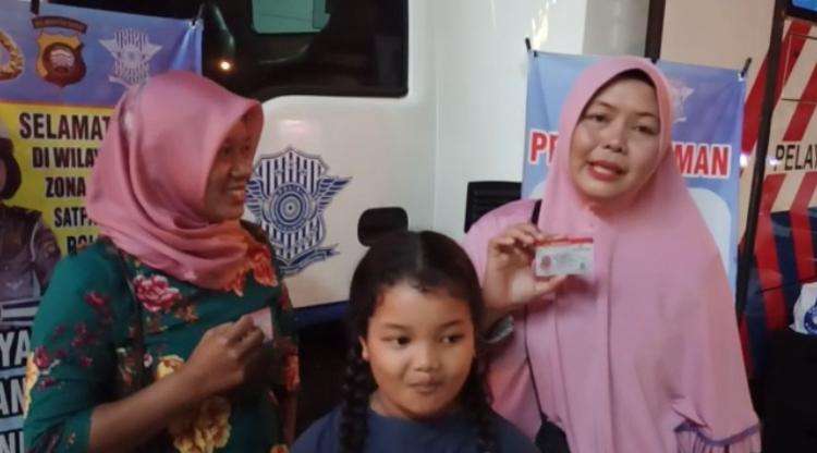Testimoni Masyarakat Pemohon SIM di Pelayanan SIM Keliling Satlantas Ketapang