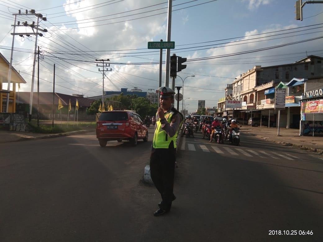 Zero pelanggaran dan Pemantauan lalu lintas di Simpang Agus Djam.