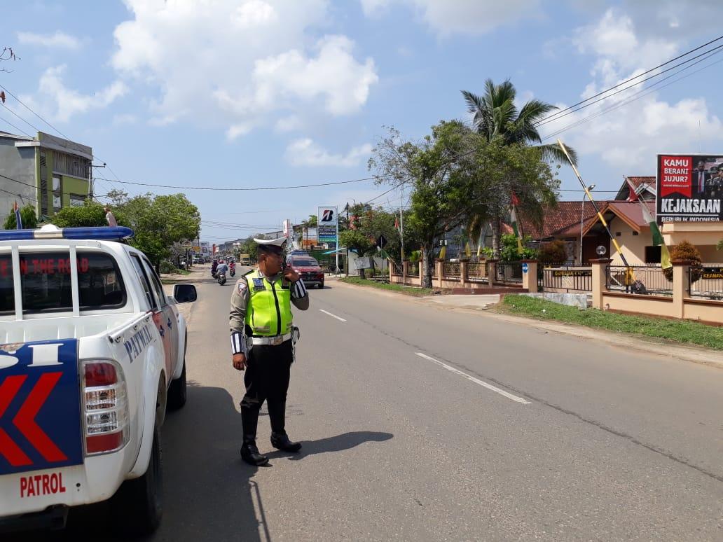 Patroli jalan raya dikota ketapang memberikan rasa aman dan mencegah tindak kriminal di jalan