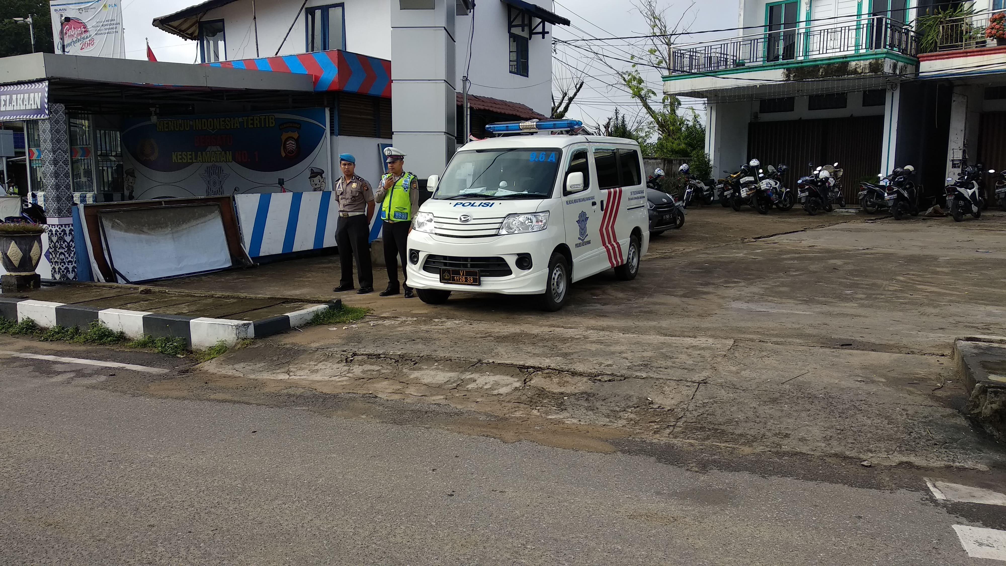 Penerangan keliling di jalur KTL Jln. R. Suprapto Ketapang