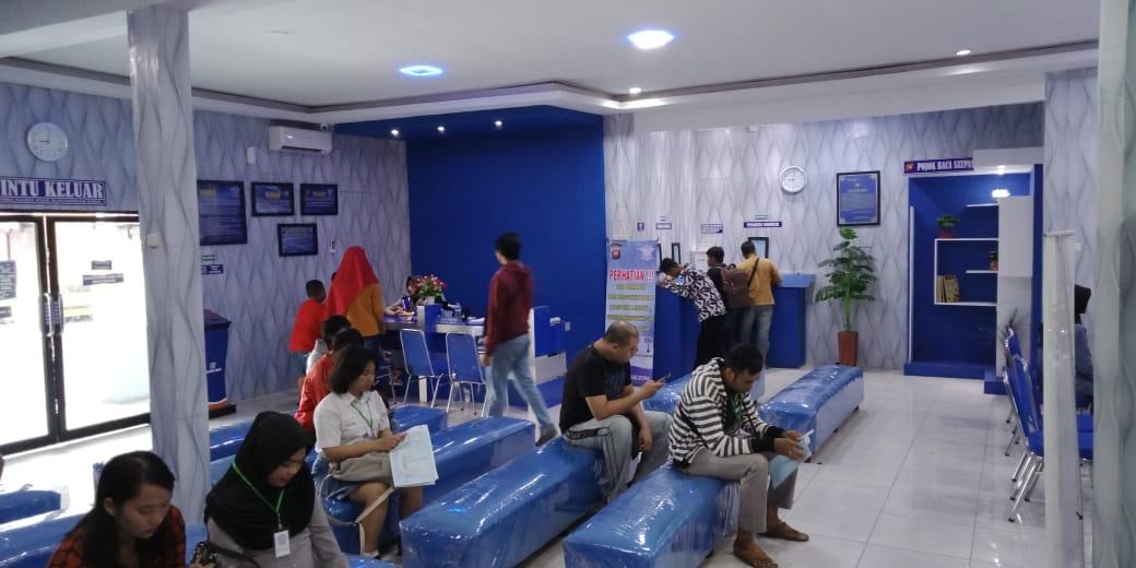 PEMOHON SIM DI SATPAS POLRES KETAPANG MULAI MENINGKAT
