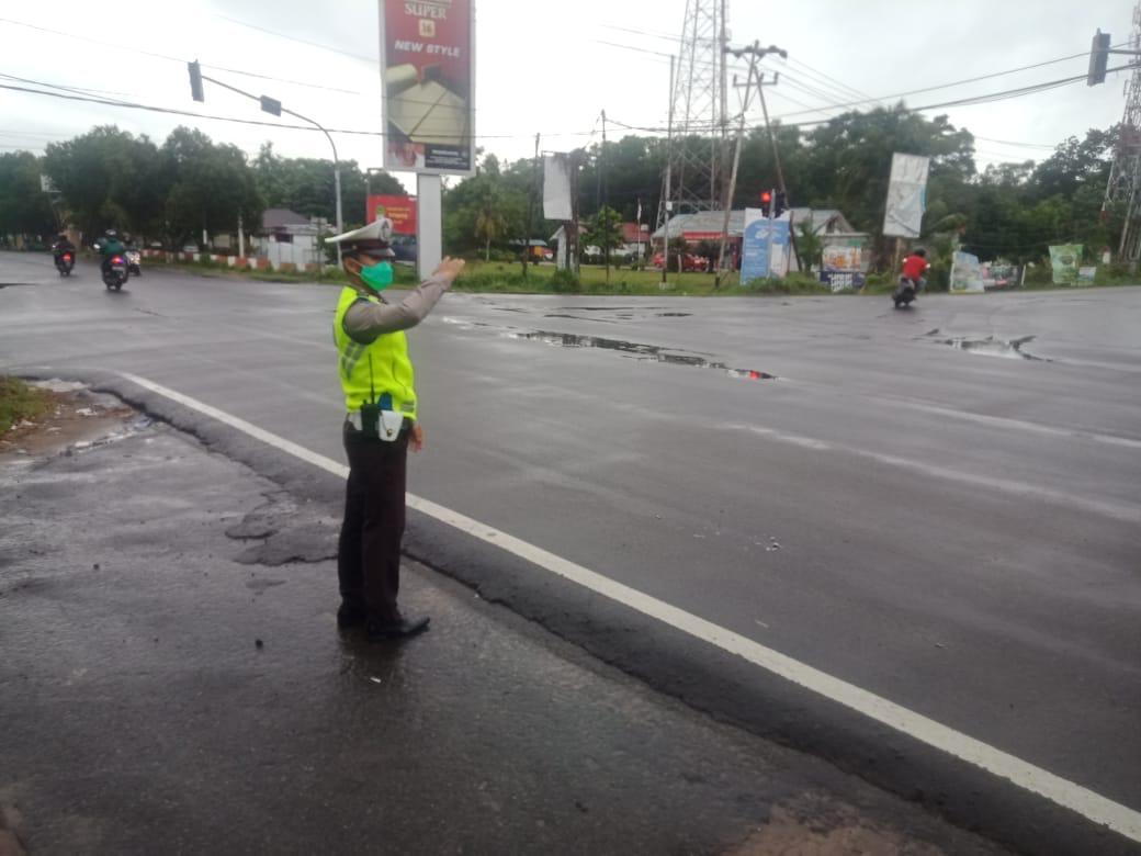 Pengaturan Lalu Lintas Pagi Hari, Bentuk Pelayanan Polisi Kepada Masyarakat Saat warga memulai aktiv