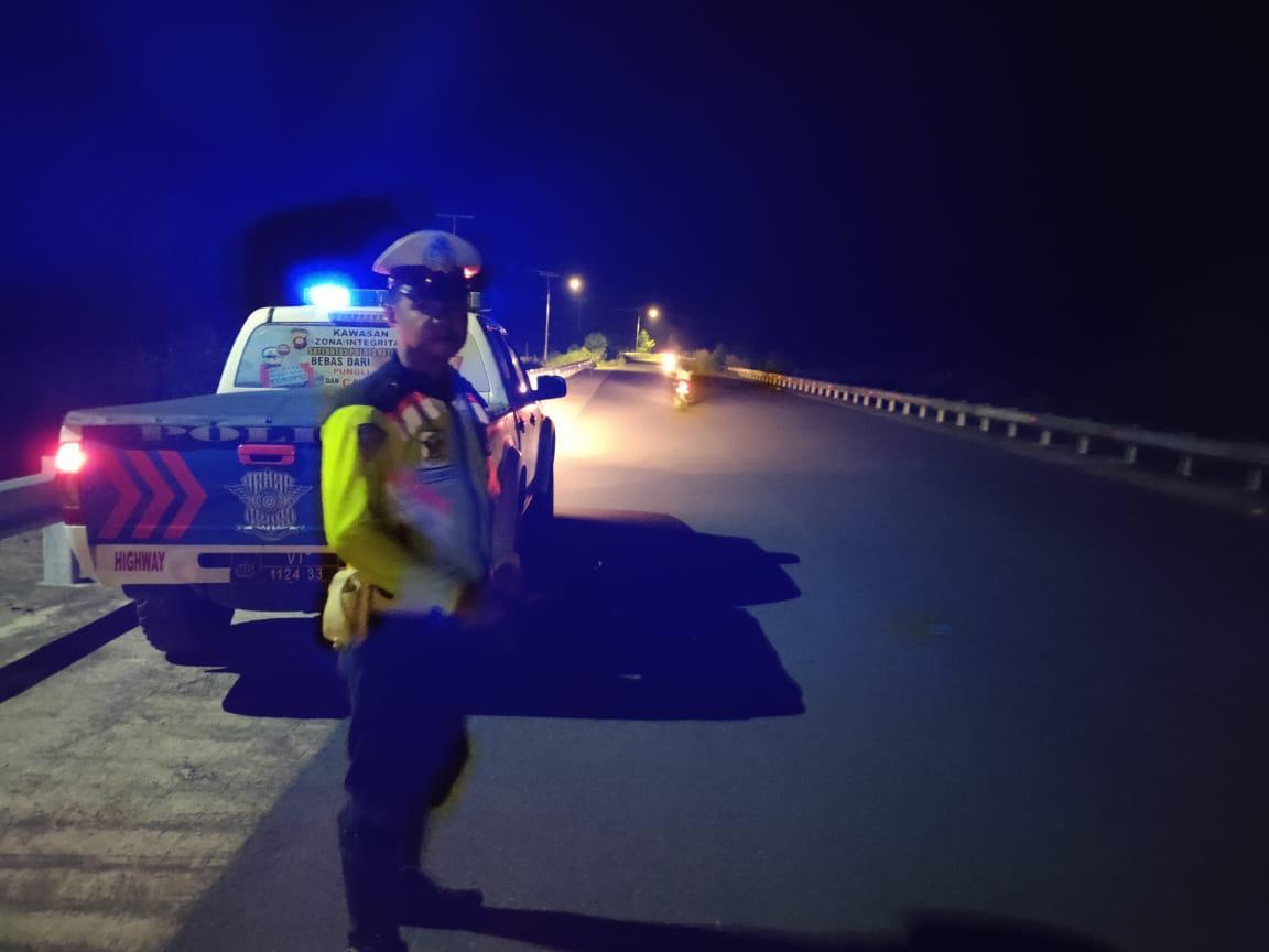 Tak Kenal Waktu, Satlantas Polres Ketapang Rutin Patroli Di Malam Hari