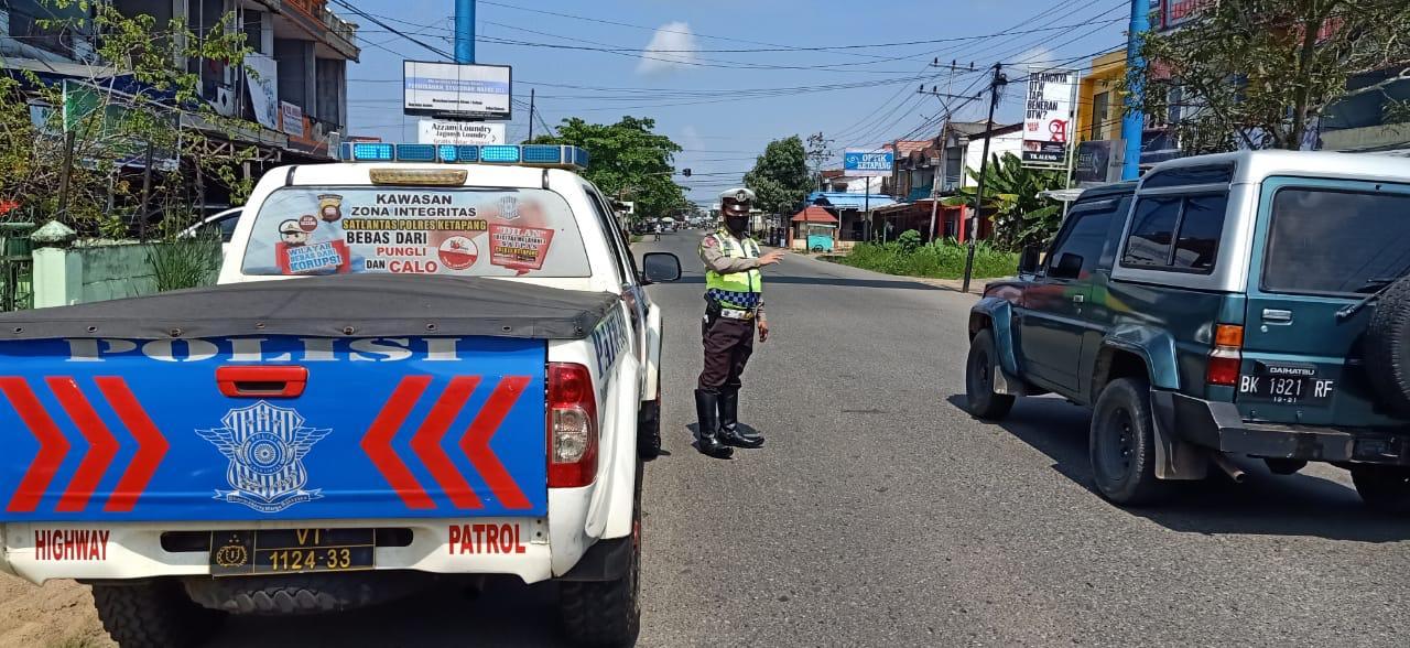 Cegah Tindak Kejahatan, Sat Lantas Polres Ketapang Melaksanakan Patroli Siang Hari