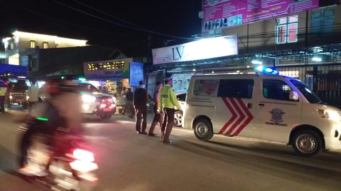 Polisi Ketapang Bubarkan Keramaian Cegah Penyebaran Corona