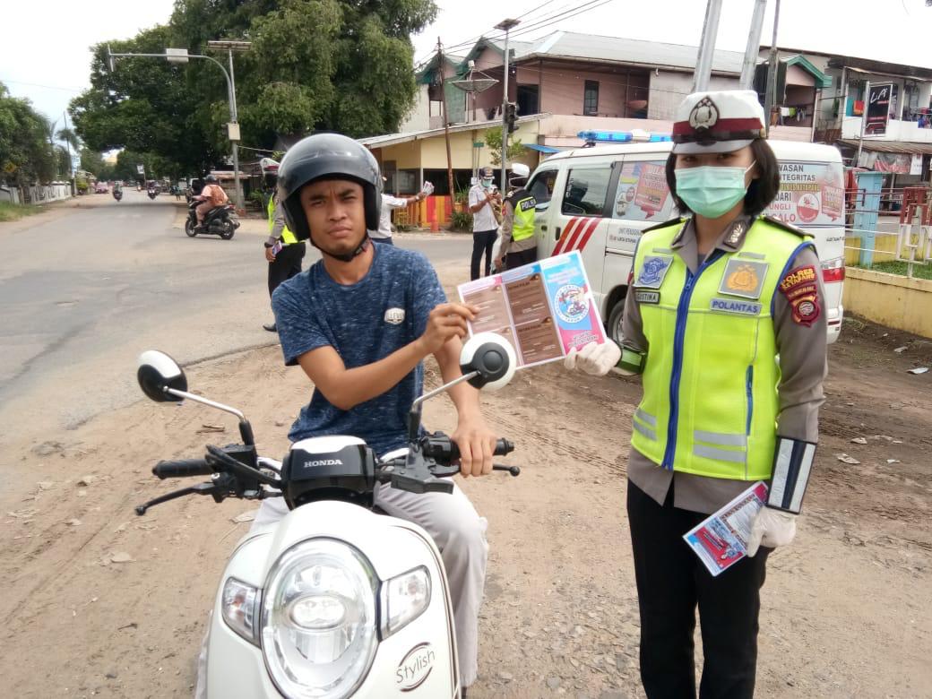 Satlantas Polres Ketapang gencar sosialisasi maklumat Kapolri cegah virus corona