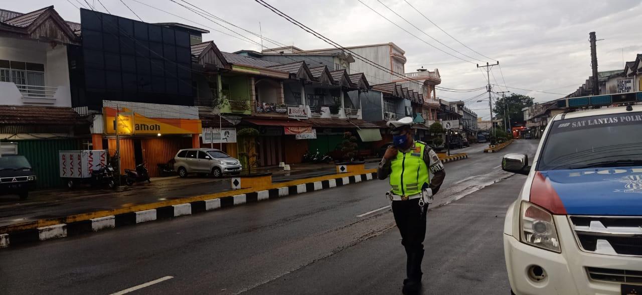 Satlantas Polres Ketapang Intensifkan Patroli Guna Cegah Balap Liar Dan Warga Yang Berkumpul
