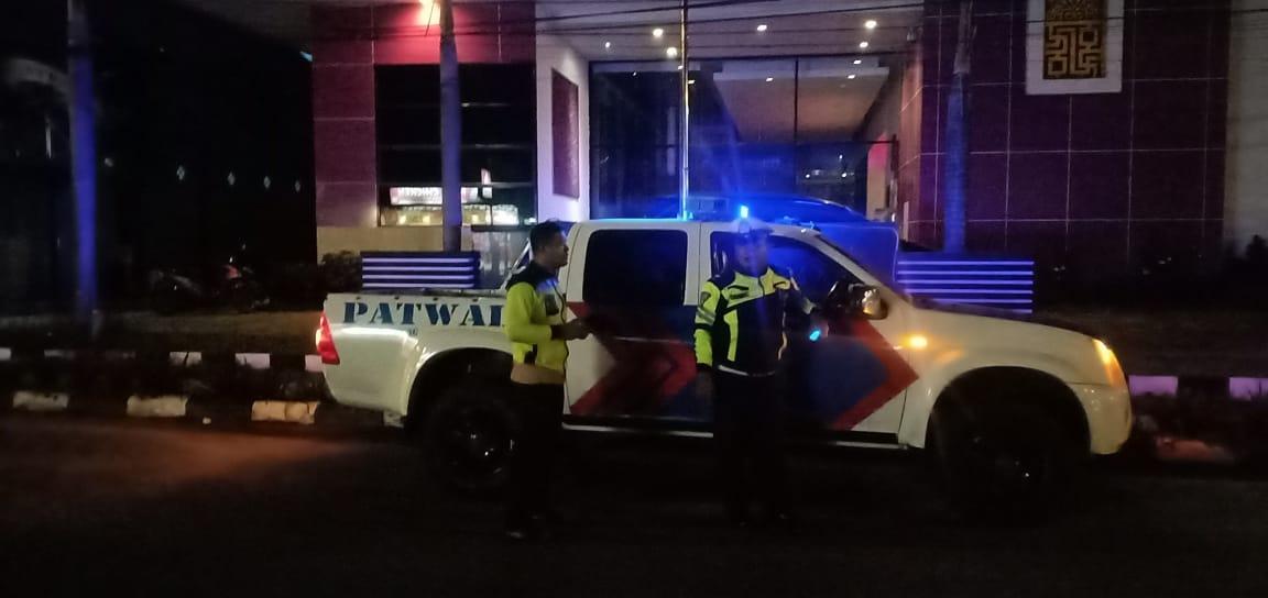 Personel Satlantas Ketapang Gencar Patroli Di Malam Hari Antisipasi Tindak Kejahatan