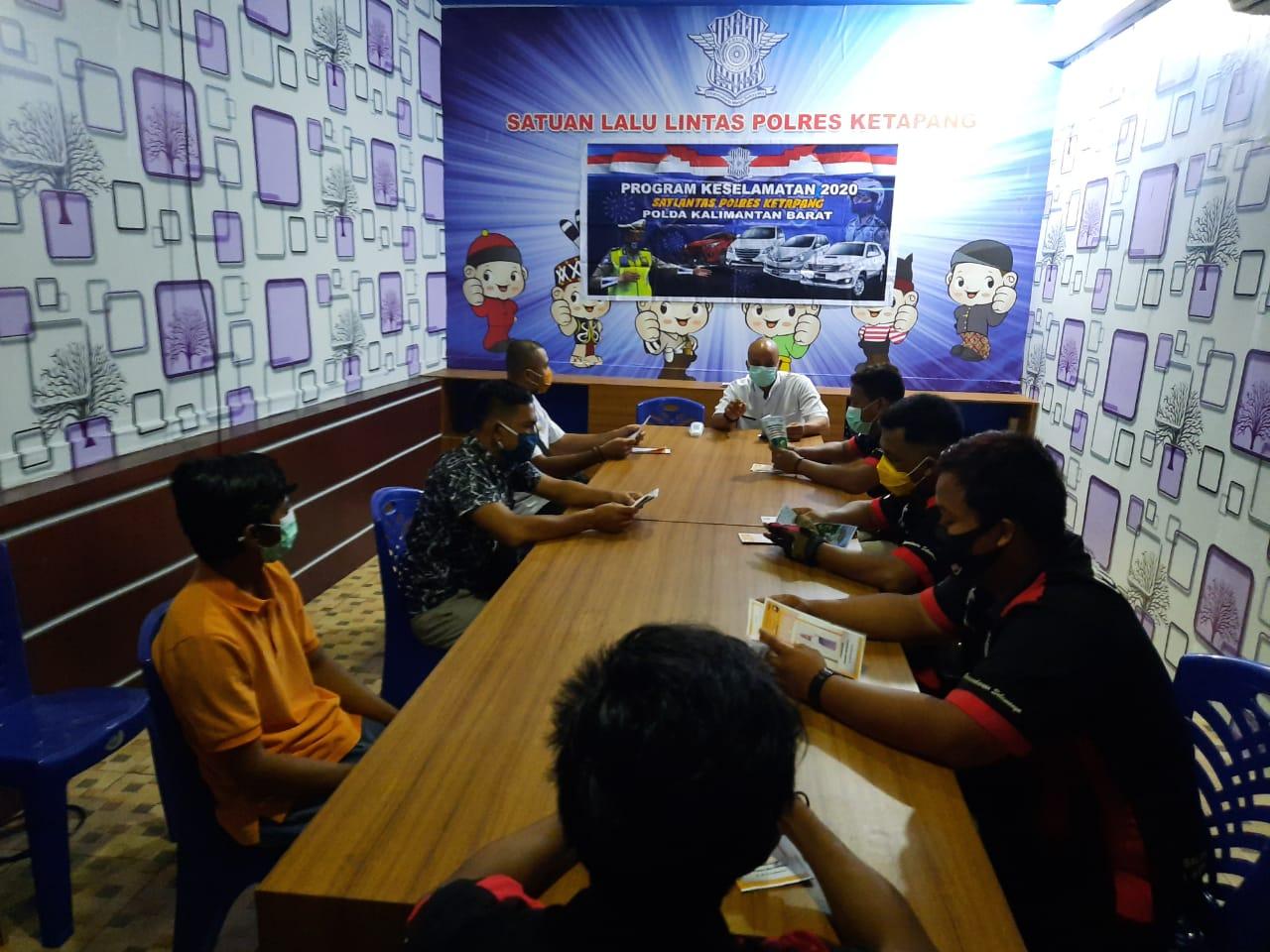 Satlantas Polres Ketapang Berikan Himbauan Untuk Tidak Mudik