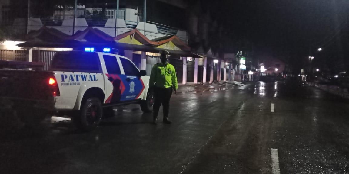Giat Patroli Rutin, Antisipasi Laka dan Bali,Meski Cuaca Hujan