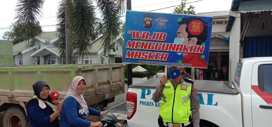 Tingkat Kesadaran Warga Masih Rendah,  Pengendara Tak Gunakan Helm dan Masker di Tegur polisi
