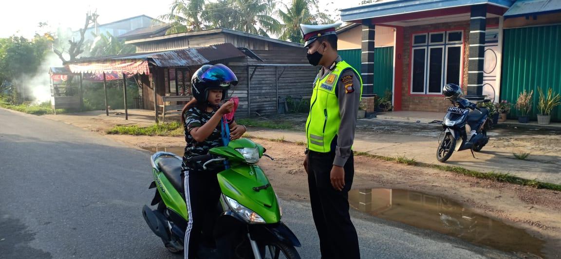 Tingkat Kesadaran Warga Masih Rendah,  Pengendara Tak Pakai Masker di Tegur polisi