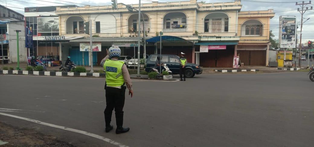 Pelayanan Polisi Kepada Masyarakat,Ini Yang Dilakukan Sat Lantas