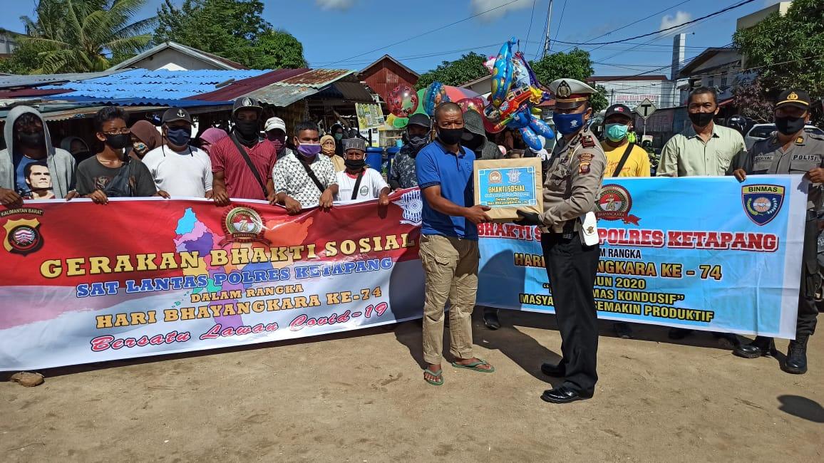 Satlantas Polres Ketapang Gelar Bakti Sosial Jelang Hari Bhayangkara Ke 74