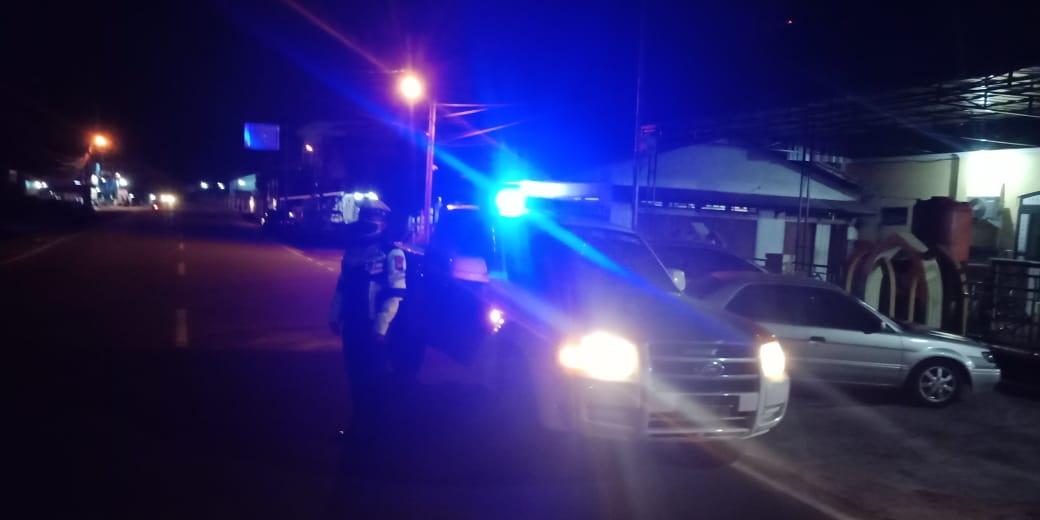 Cegah kriminalitas dan penyebaran Virus Corona, Sat Lantas Polres Ketapang lakukan Patroli Biru