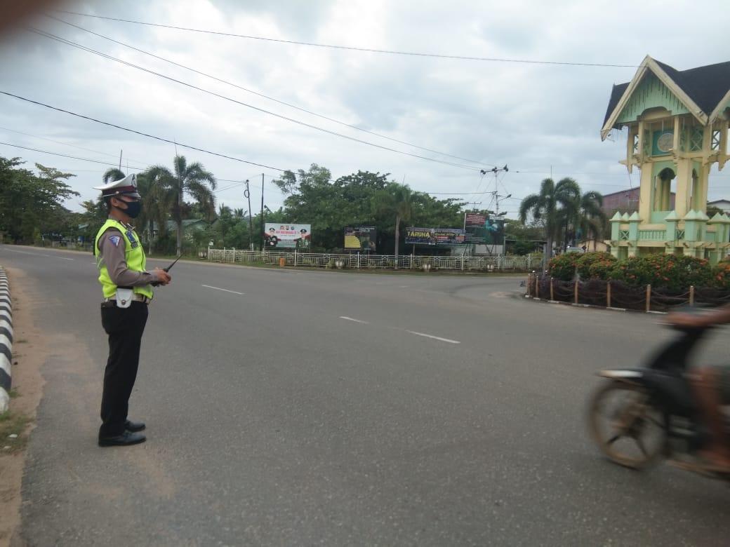 Anggota Satlantas Polres Ketapang Aktif Gatur di Pagi Hari