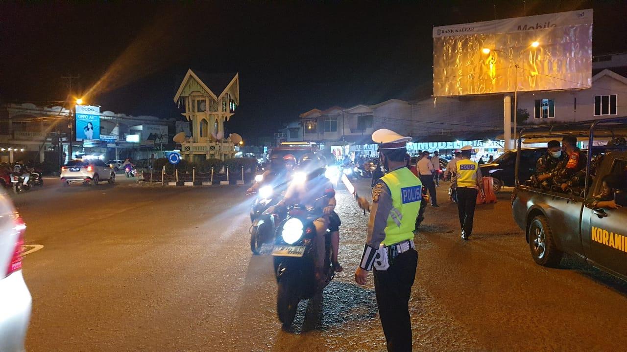 Satlantas Polres Ketapang Laksanakan Pengamanan Malam Takbiran Idul Adha 1441 H