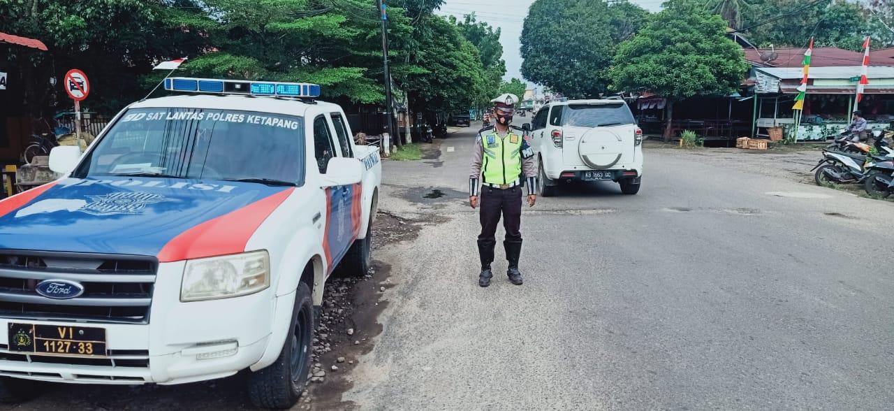 Siang Hari, Satlantas Polres Ketapang Terus Lakukan Patroli di Beberapa Titik Rawan Laka Dan Langgar