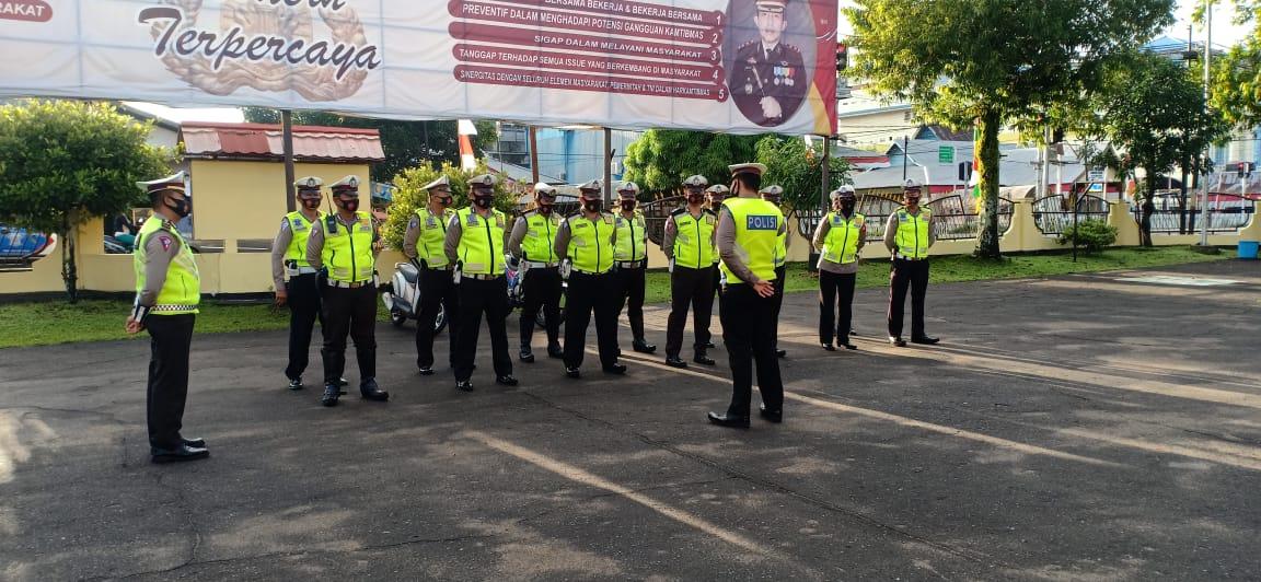 Satlantas Polres Ketapang Giatkan Apel Pagi Di Halaman Mako Agar Agar Anggota Disiplin