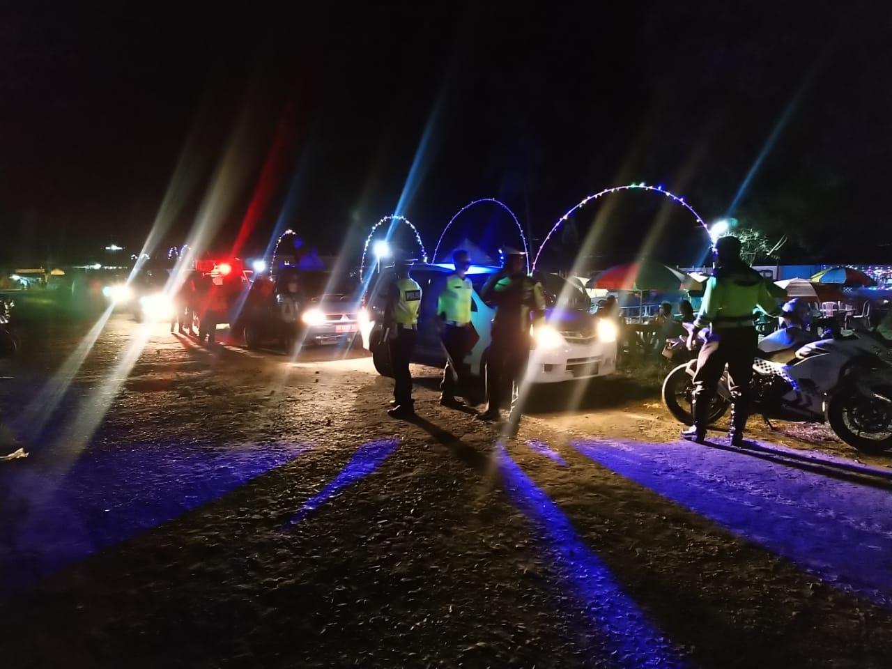Patroli Malam, Polisi Datangi Cafe dan Sampaikan Imbauan Protokol Kesehatan
