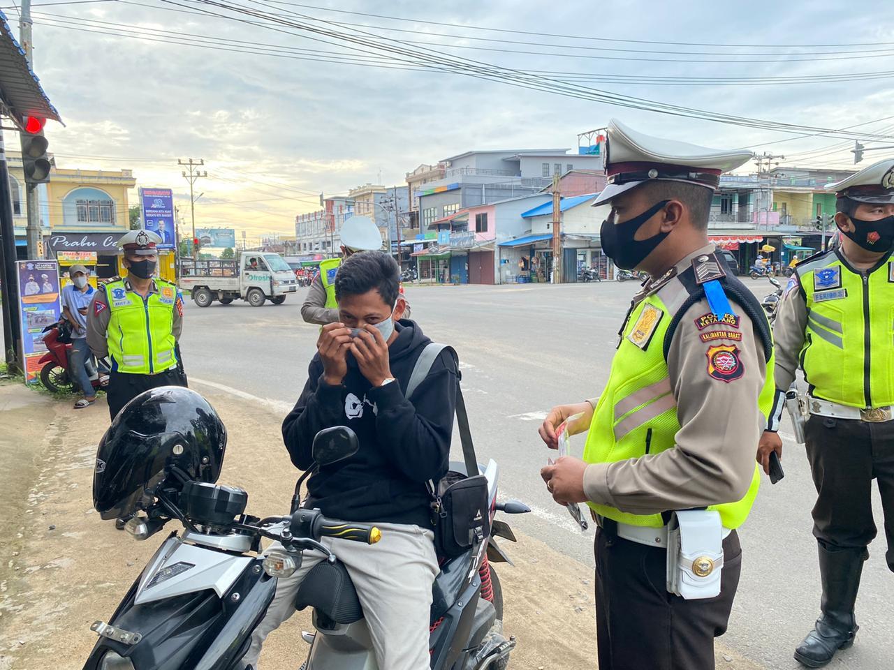 Operasi Zebra Kapuas 2020, Satlantas Ketapang Kampanyekan Ayo Pake Masker