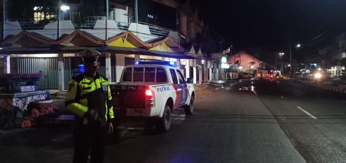 Patroli Malam Satlantas Ketapang, Gencar pada Tempat Rawan Terjadinya Aksi Ugal-ugalan di Jalan