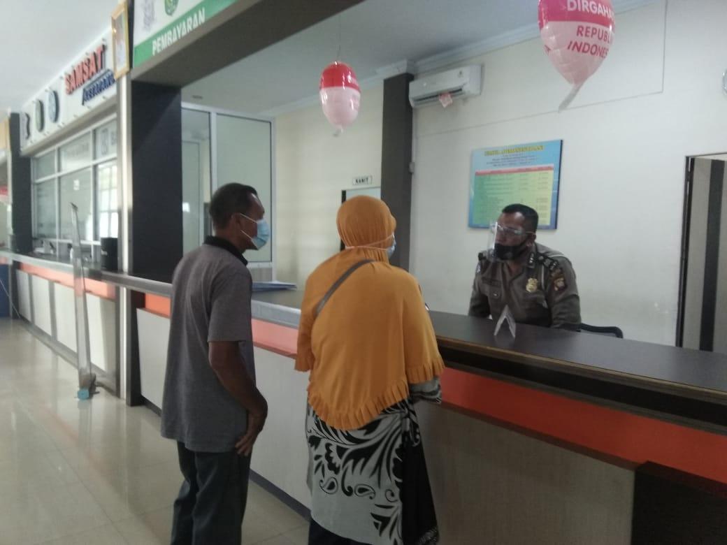 Pelayanan Samsat Ketapang Gencar Terapkan Protokol Kesehatan kepada Wajib Pajak
